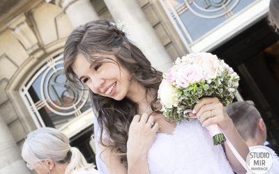 Savez-vous d'où vient la tradition du lancer de bouquet de mariage ?