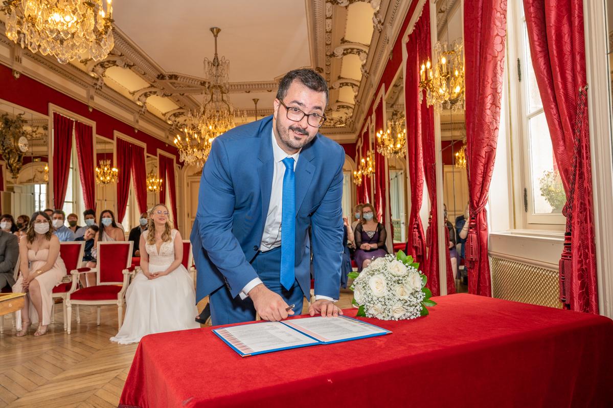 Photographe de mariage dans le Val de Marne - Cérémonie à la mairie de Maison Alfort